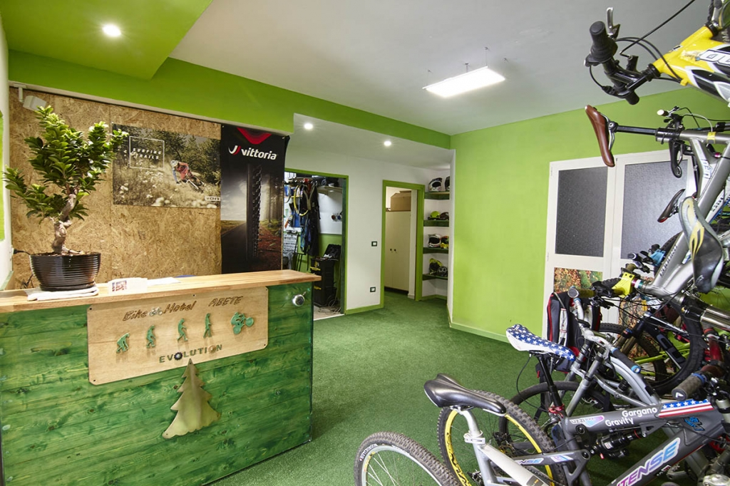 BIKEHOTEL OR NOT BIKEHOTEL